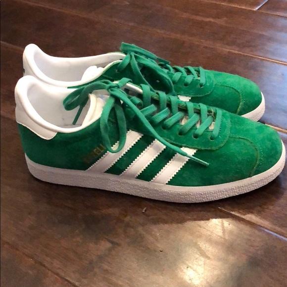 dc43e2877c9 adidas Shoes - Kids Adidas Gazelles (like new)